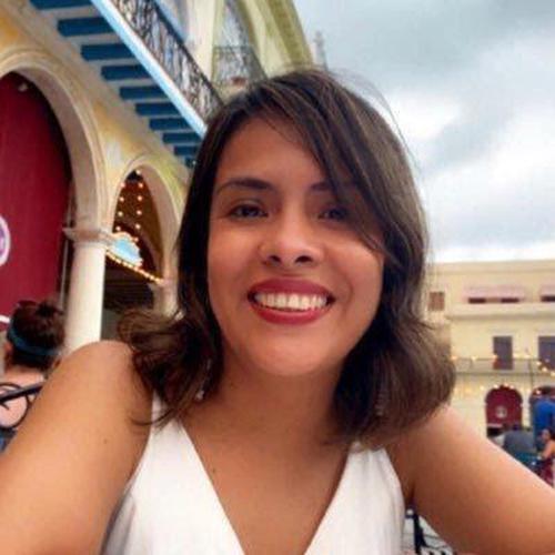 Nelly Luna